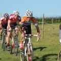 Flavian LE GUELLEC mène ici devant le champion du monde sur route juniors Olivier LE GAC