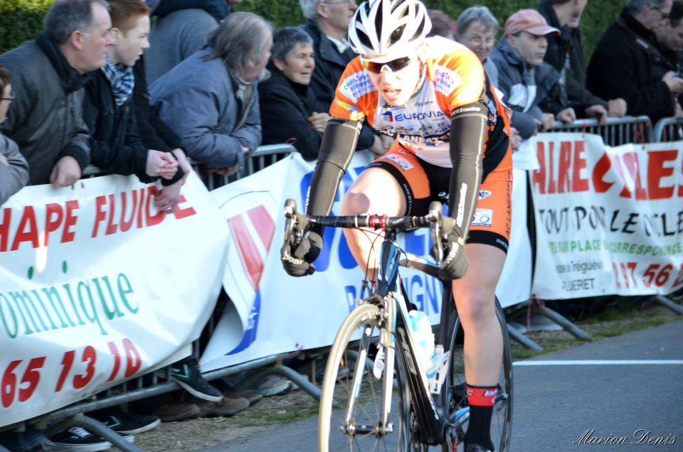 Le coureur de l'AC Lanester 56 Maxime Lannurien prend une belle 18ème place à Camors (photo Marion Denis)